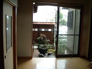 玄関から一番最初に見える景色。